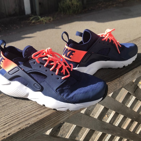 promo code 54af0 6c18d Nike air huarache run ultra GS 5.5 women 7 navy. M 5ba974f603087ce352247534